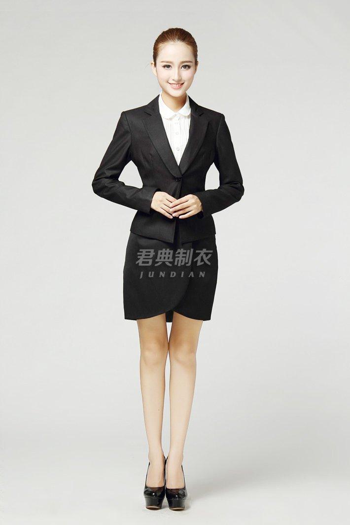 女士职业西装套裙1