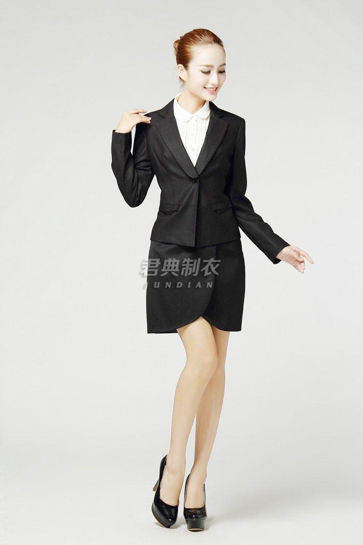 女士职业西装套裙3