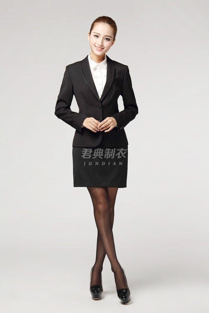 新款女士西装3